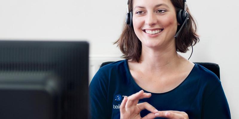 Telefonvermittlung in Schrift und Gebärdensprache: Mit Tess können Gehörlose seit 2005 telefonieren